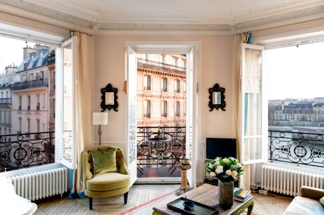 158-paris-apartment-rent2-bedrooms-notre-dame--ile-st-louis-saint-louis-bourbon-2bdr-1ba-private-homes-14.jpg