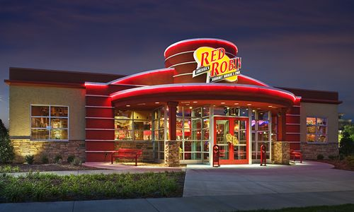 Red-Robin-Gourmet-Burgers-Celebrates-its-500th-New-Restaurant-Opening