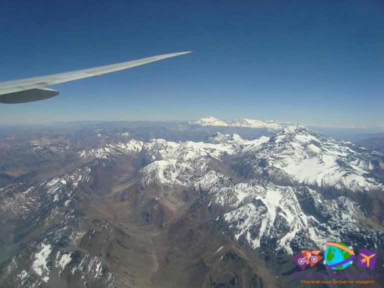 Vista das cordilheiras do avião